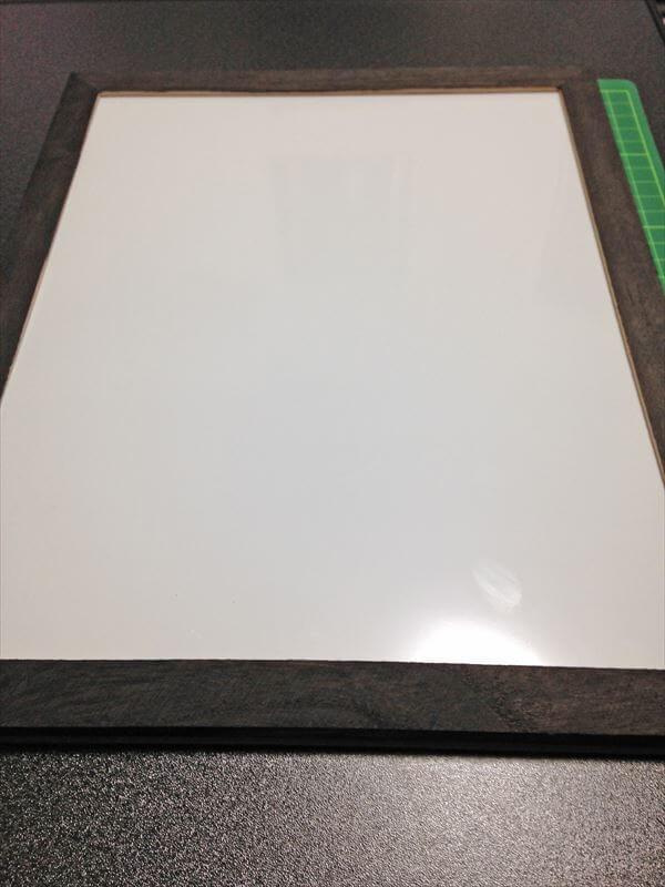 ホワイトボードニス塗りサイド完成