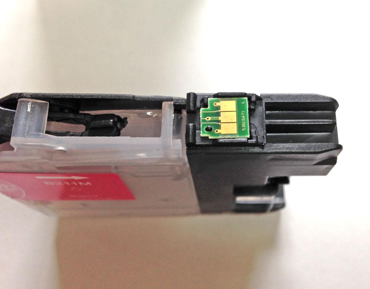 LC211カートリッジICチップ移植前
