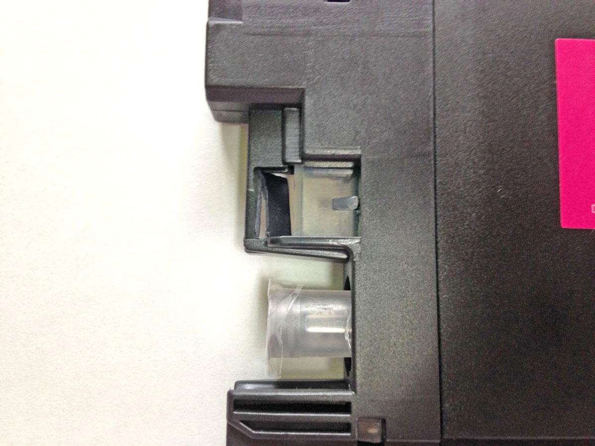 LC211カートリッジセンサー窓保護プラスチックへし折る