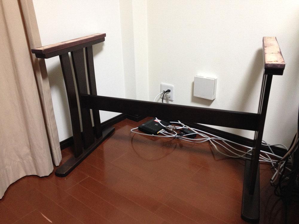 廃材ダイニングテーブル脚