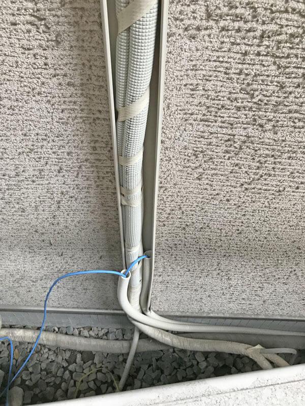 LAN配線エアコンダクト使用